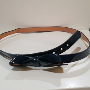 small navy blue belt